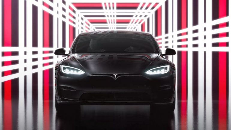 tesla model s plaid price features outlet italy